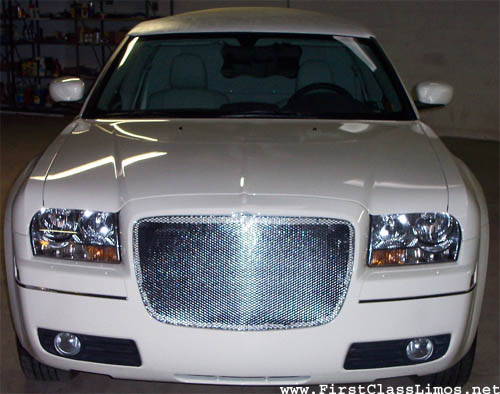 2007 White Chrysler 300 Limo up to 11 passenger