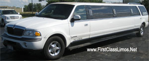 navigator super stretch limo